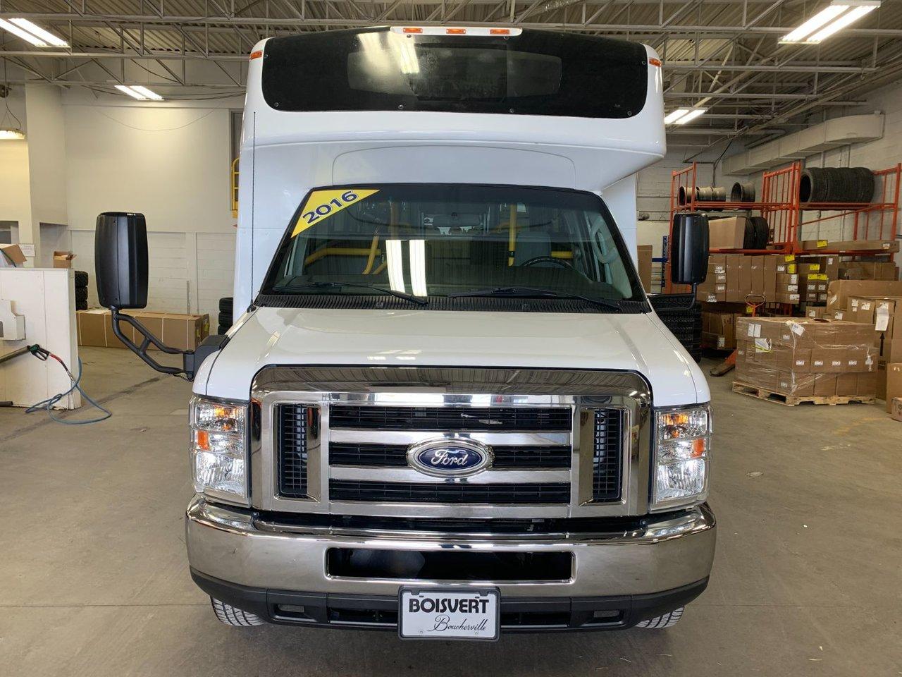 2016 Ford Econoline Commercial Cutaway MINI AUTOBUS 12 PASSAGERS