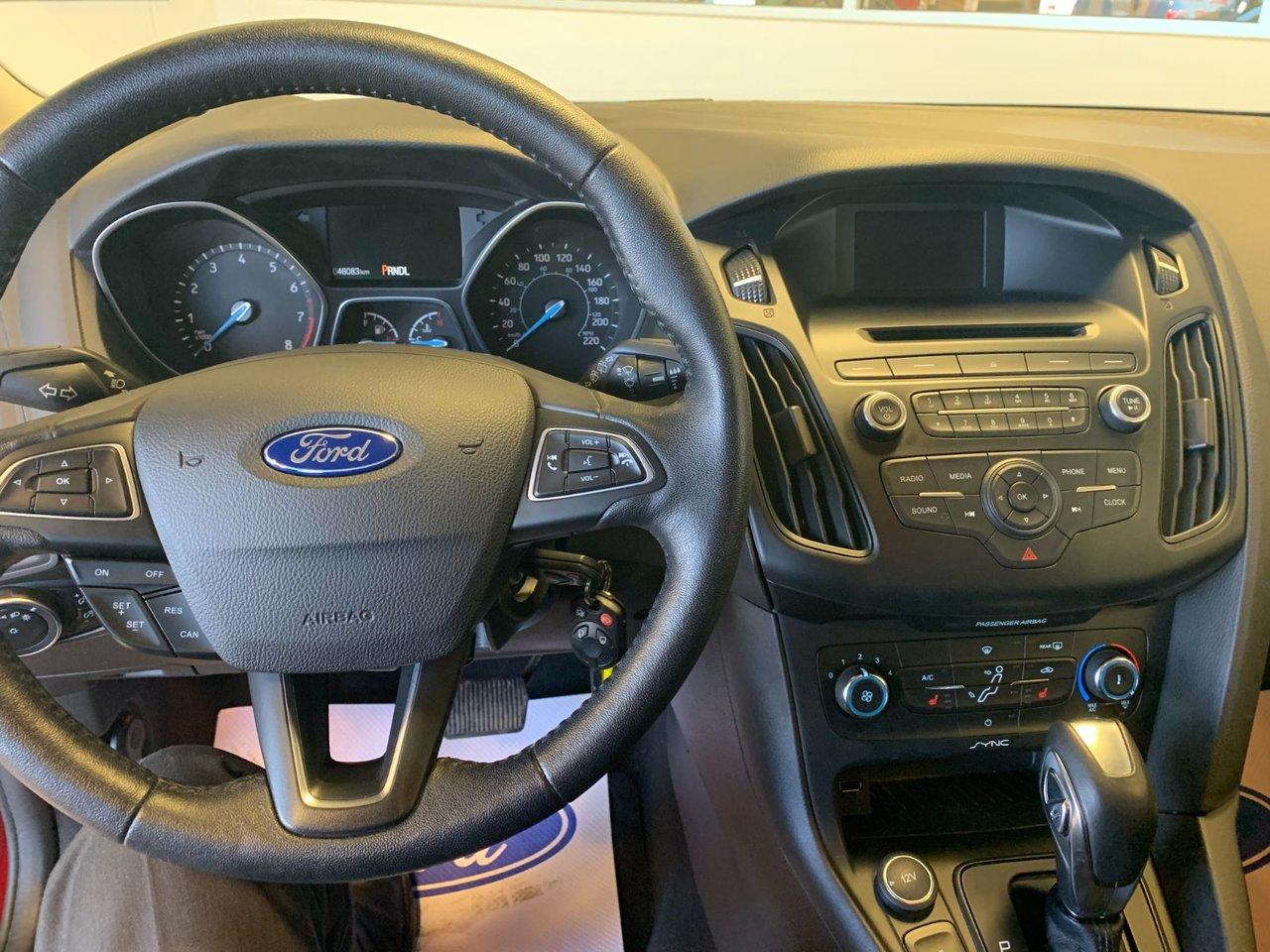 2015 Ford Focus SE 5 PORTES