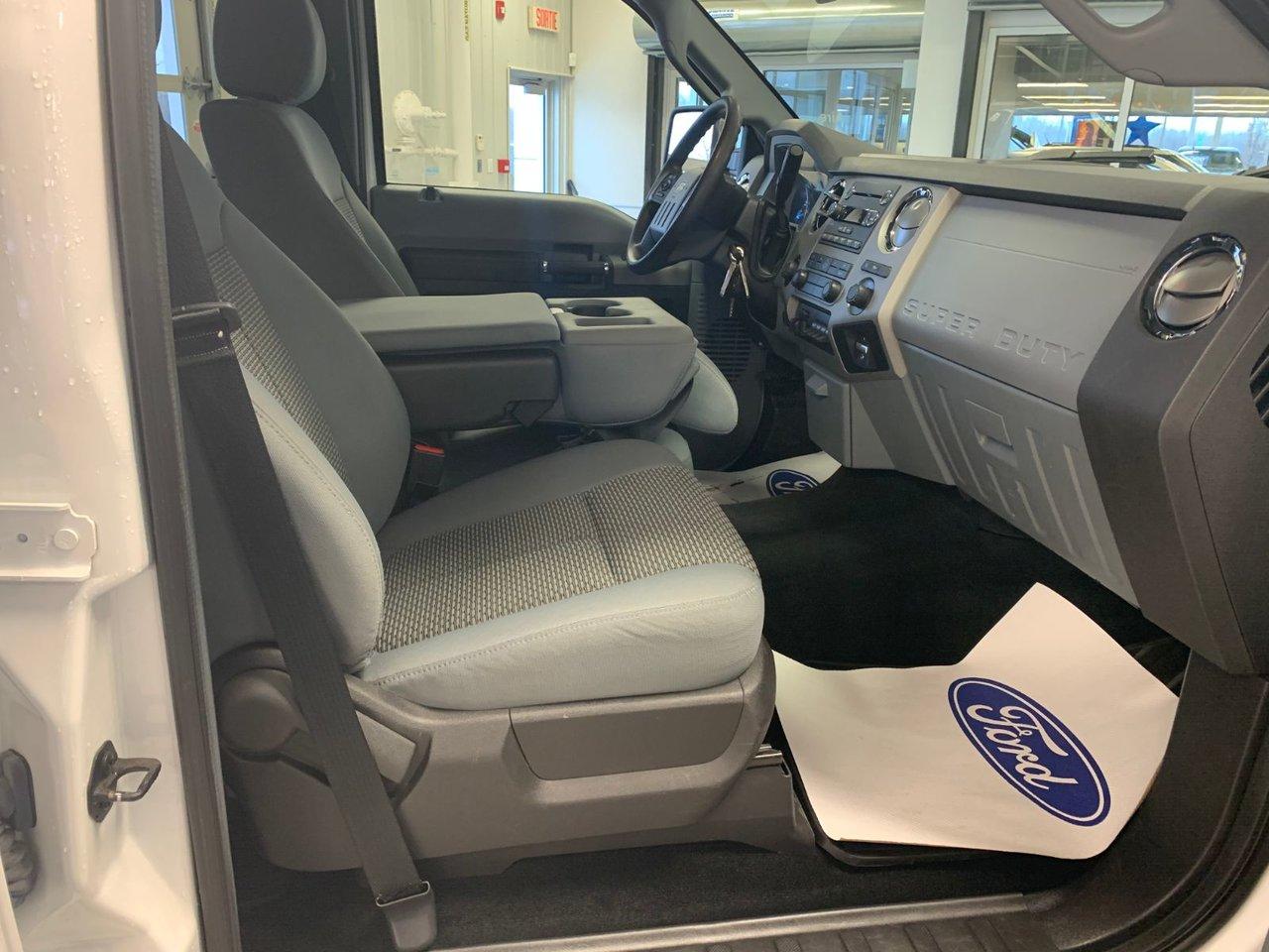 2016 Ford Super Duty F-350 SRW F-350 FX4 DIESEL