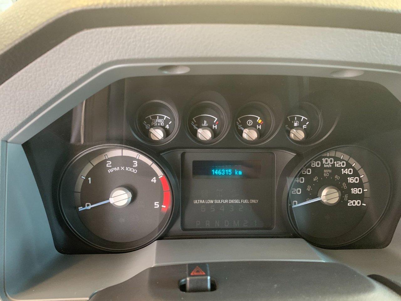 2011 Ford Super Duty F-450 DRW XL 16 PIEDS RAMPE