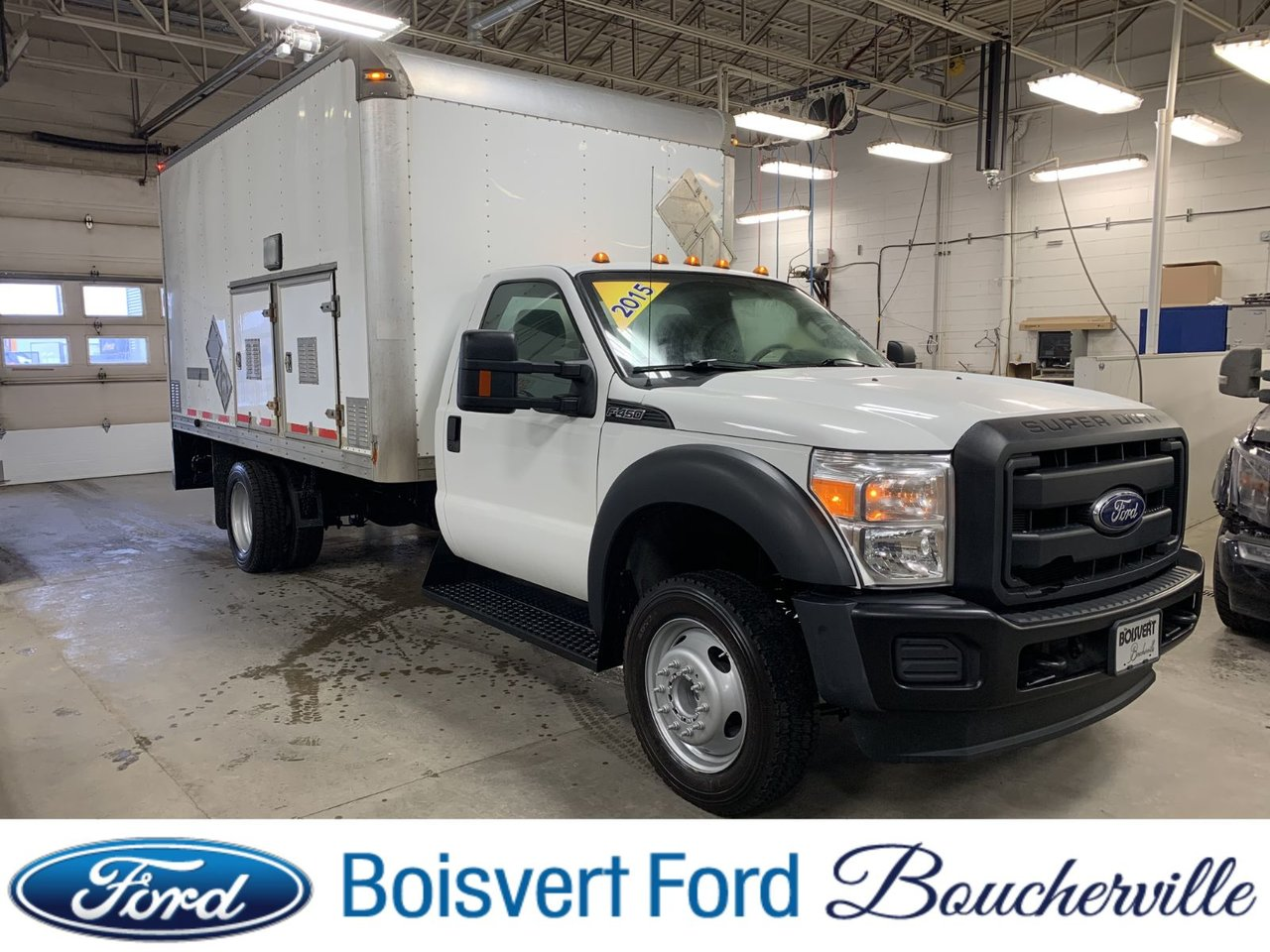 2015 Ford Super Duty F-450 DRW CUBE 14 PIEDS