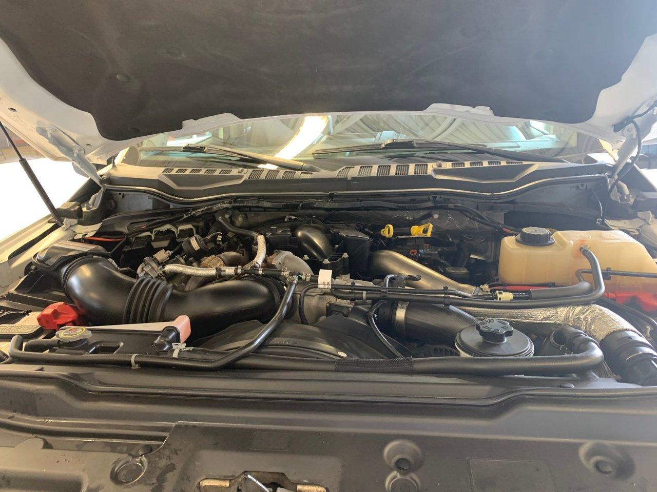 2017 Ford Super Duty F-450 DRW LARIAT CUIR TOIT GPS