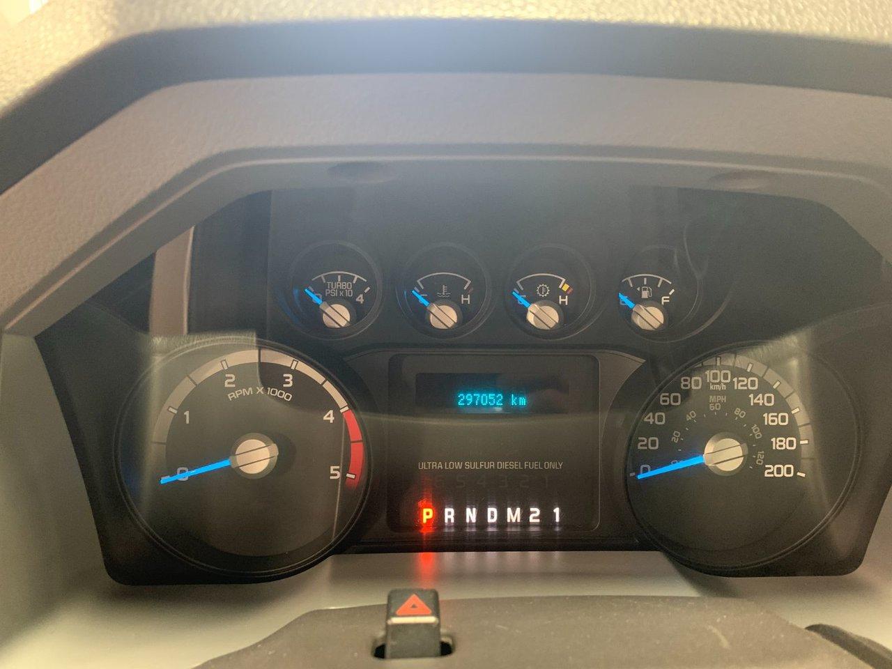 2011 Ford Super duty F-550 DRW PLATFORME