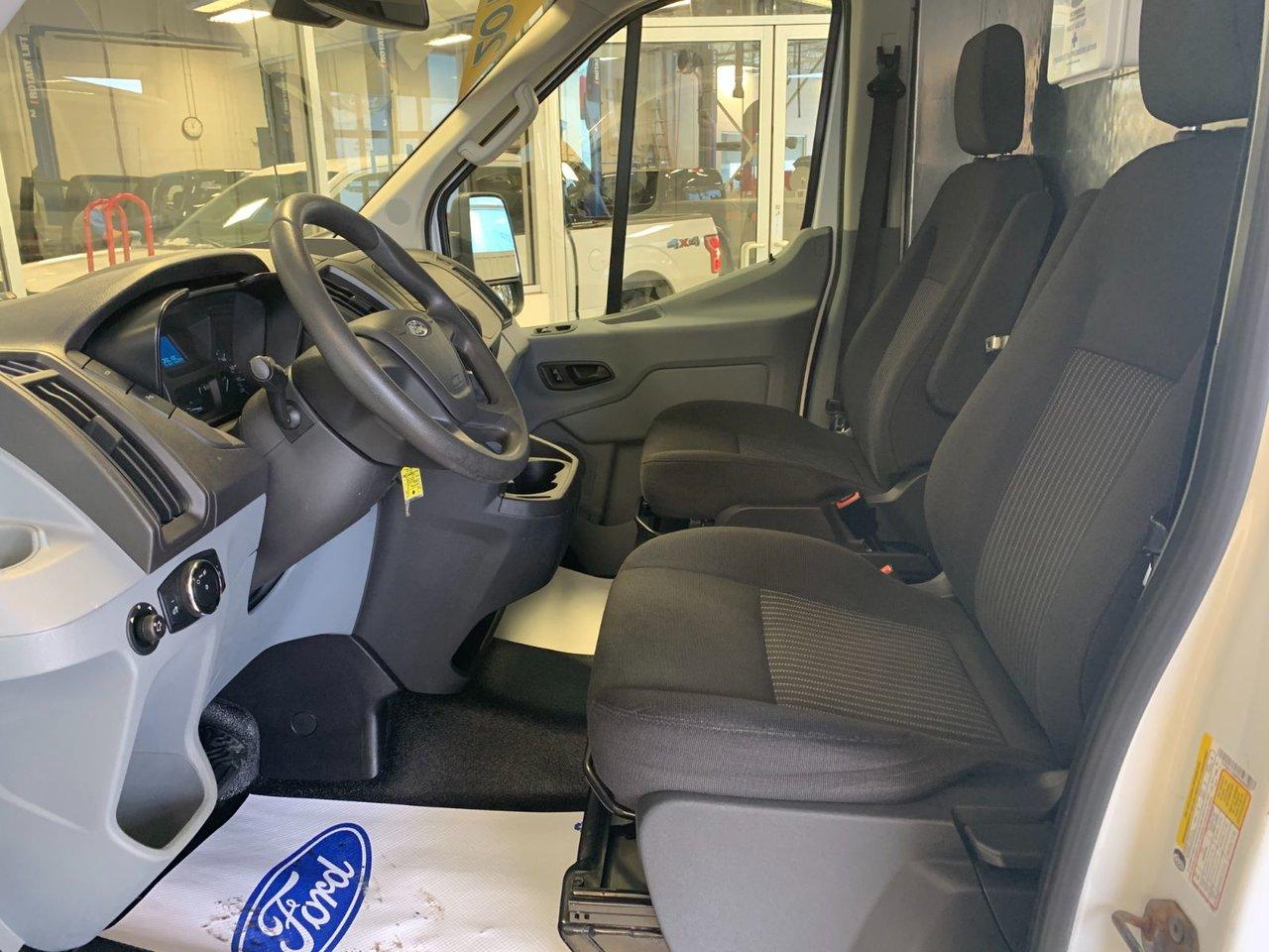 2015 Ford Transit Cargo Van TRANSIT 250 MR