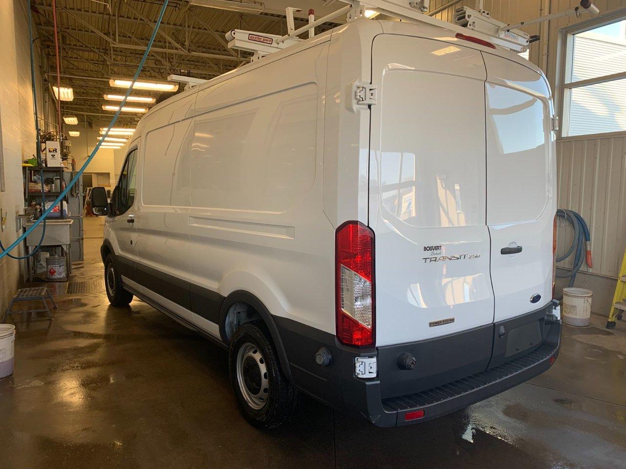 2016 Ford Transit Cargo Van 250 MR DIESEL