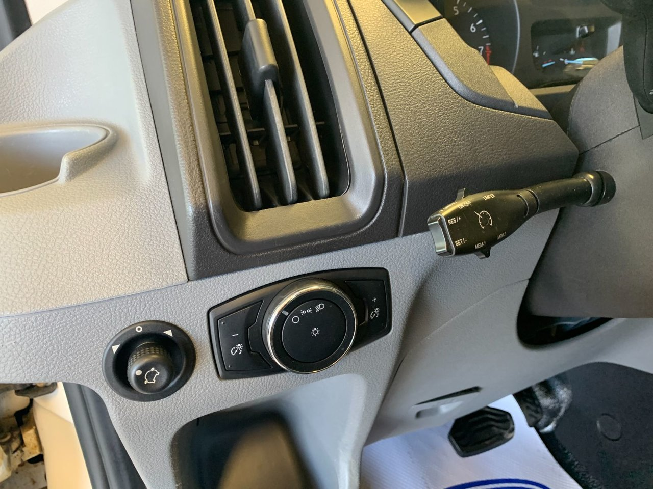 2016 Ford Transit Cargo Van 150 CARGO MR
