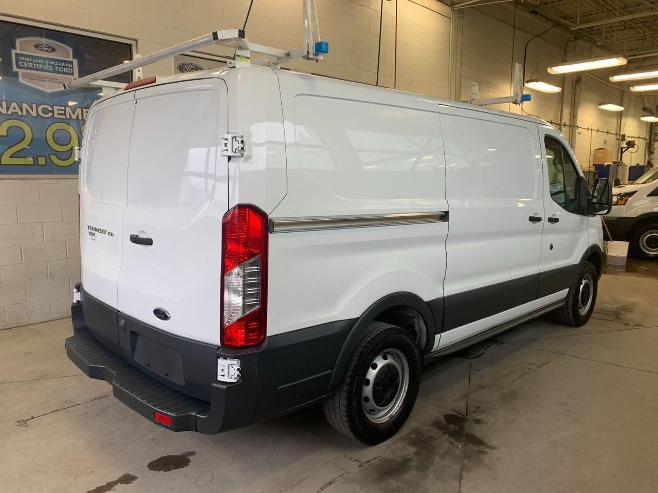 2016 Ford Transit Cargo Van 150 CARG0 E1Y LR