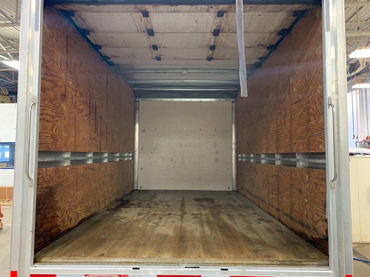 2017 Ford TRANSIT CUTAWAY CUBE 12 PIEDS DIESEL