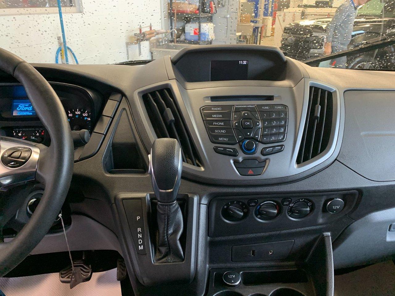 2016 Ford TRANSIT FOURGON UTILITAIRE R2C 250 CARGO DIESEL