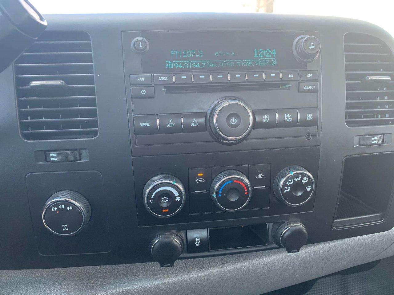 2014 GMC Sierra 2500HD WT 2500 HD BOITE 8 PIEDS