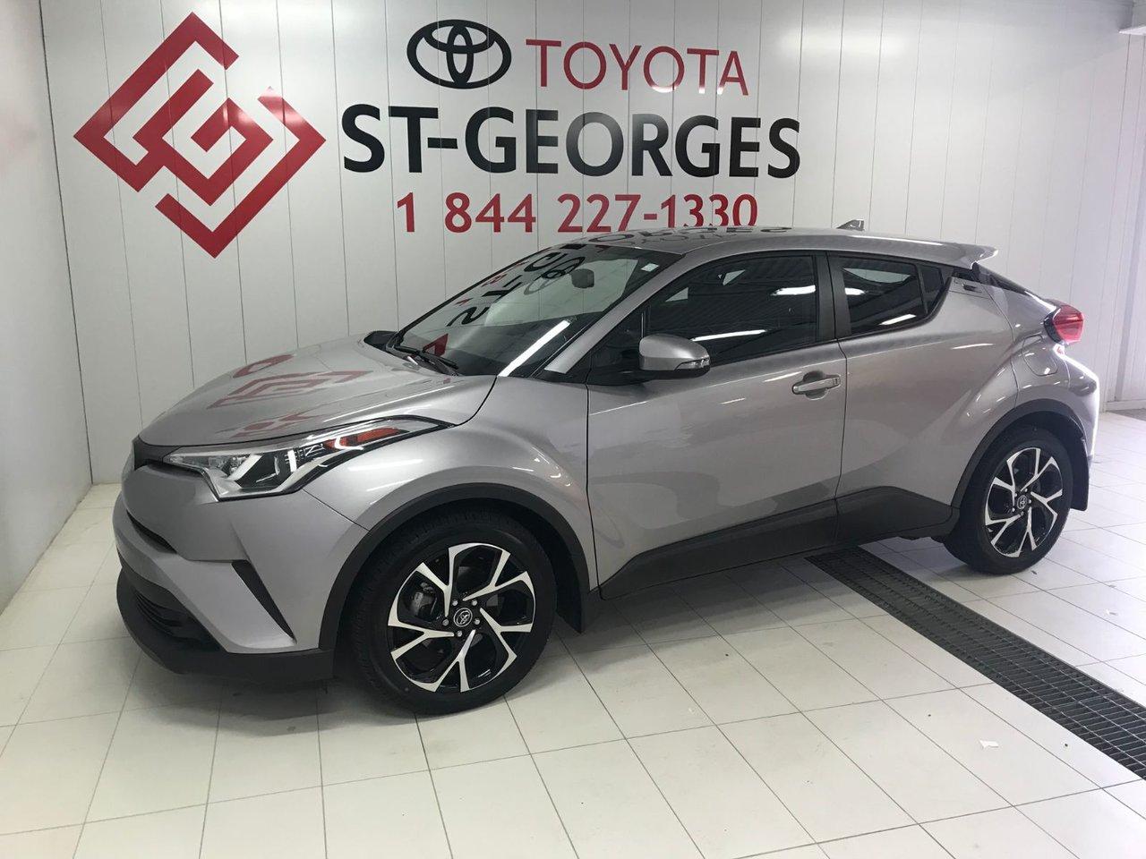 2018 Toyota  C-HR XLE/XLE PREMIUM XLE