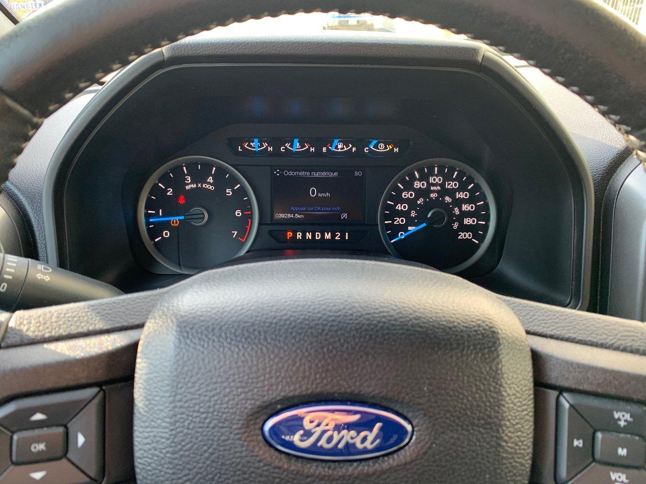 2017 Ford F-150 Xlt, crew cab, boite 5,5