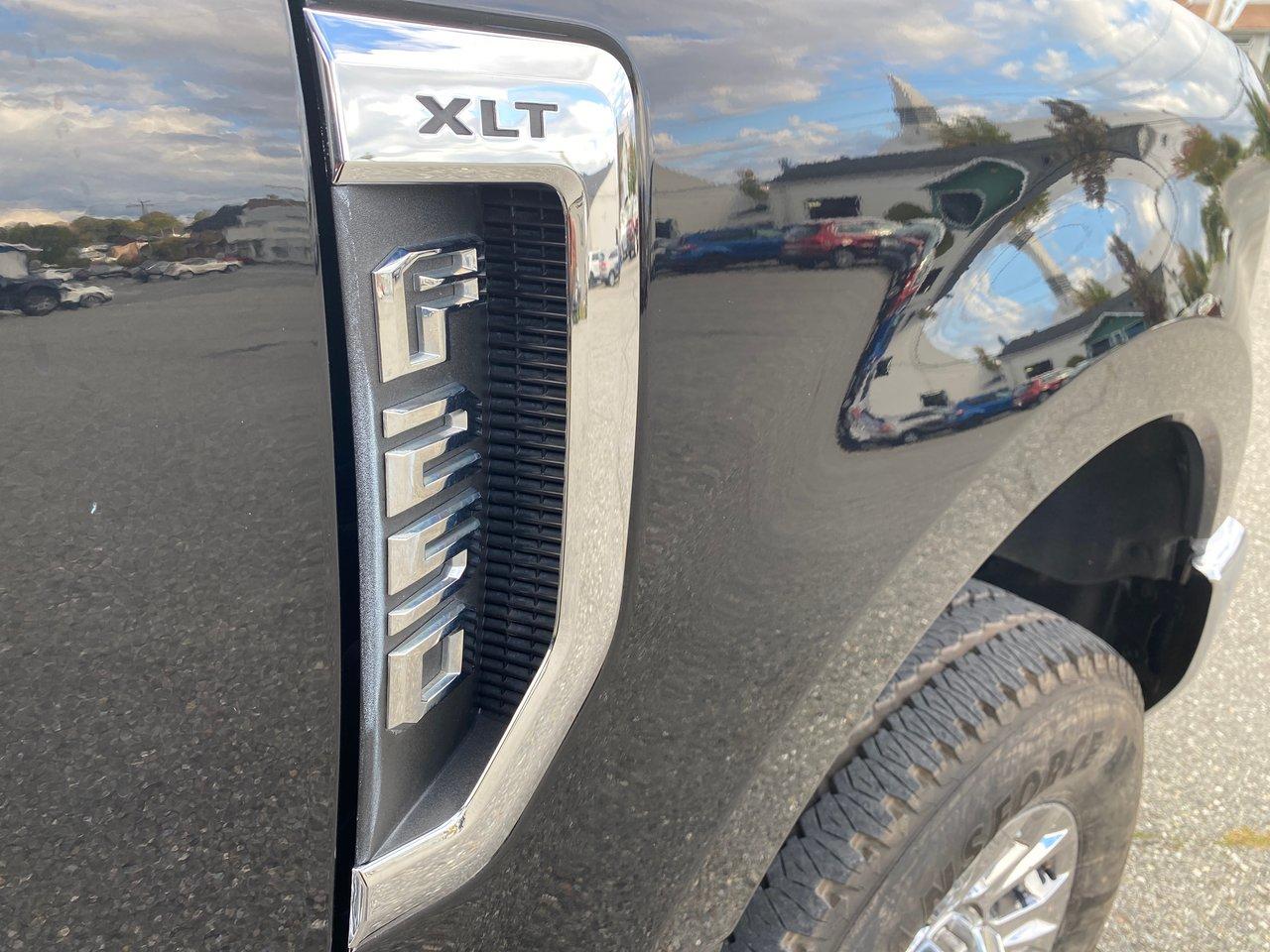 2019 Ford Super Duty F-250 SRW XLT FX4