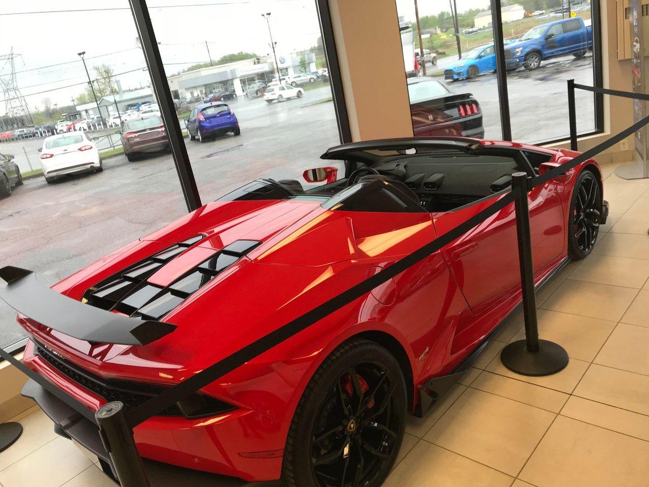 2017 Lamborghini  Huracàn SPYDER LP-610-4