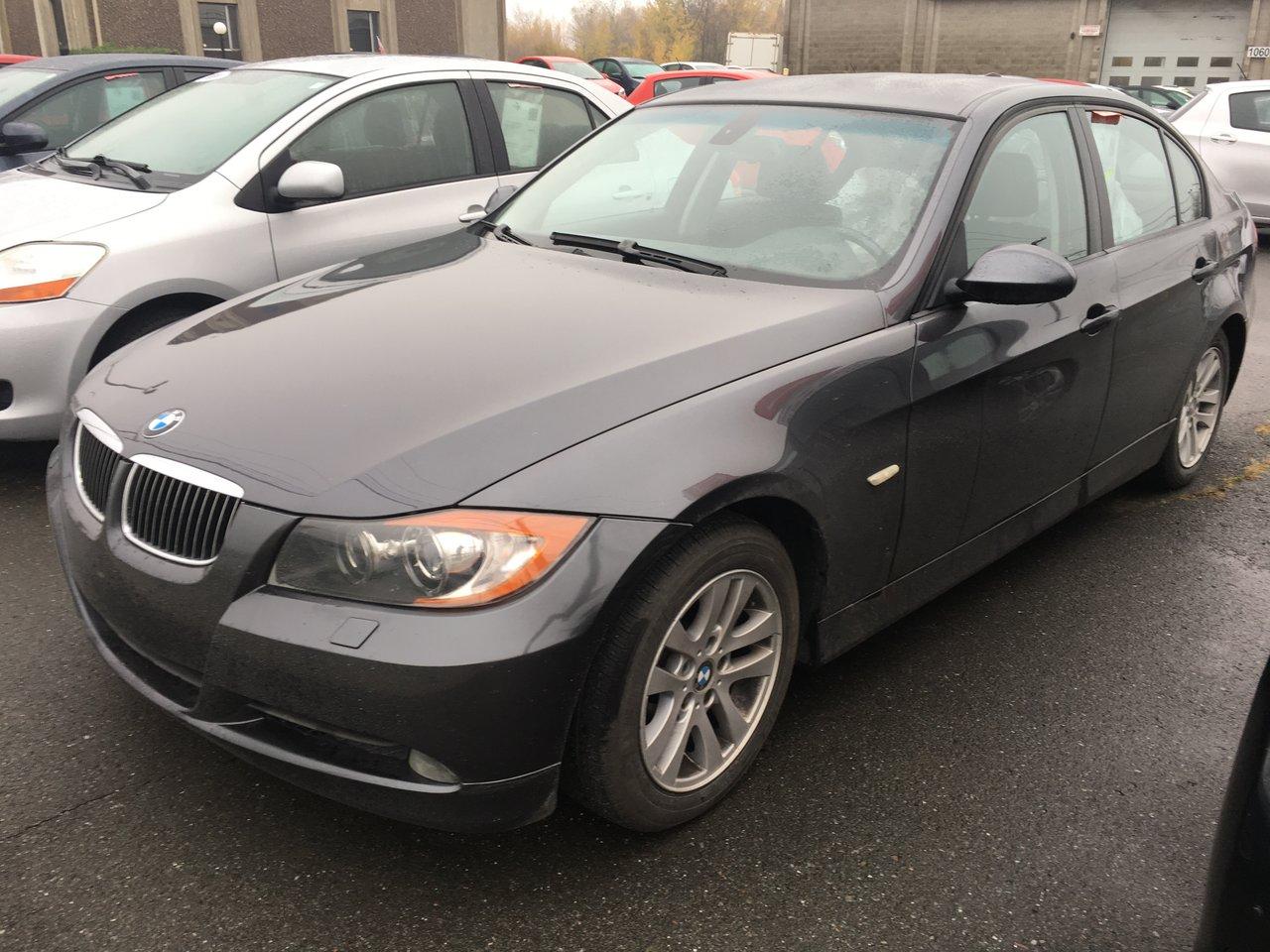 2007 BMW  Série 3 328xi AWD AC VITRES CUIR MAGS