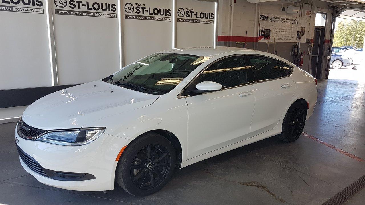 2015 Chrysler  200 Se