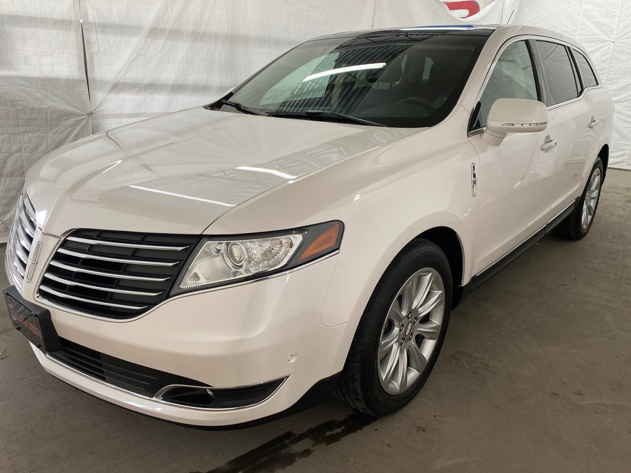 Lincoln MKT 2018 ELITE 4WD MAGS CAMÉRA NAV CUIR TOIT PANO BLUE