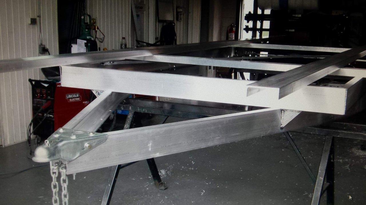 2014 Marque Inconnue  FLAT CAR HAULER 20' longueur