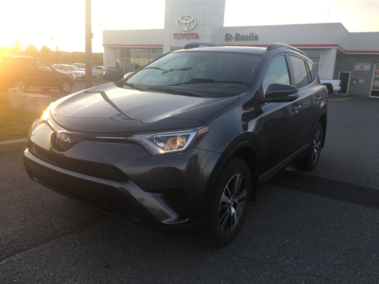 2018 Toyota  RAV4 LE AWD MAGS SIEGES CHAUFFANTS CAMERA RECUL