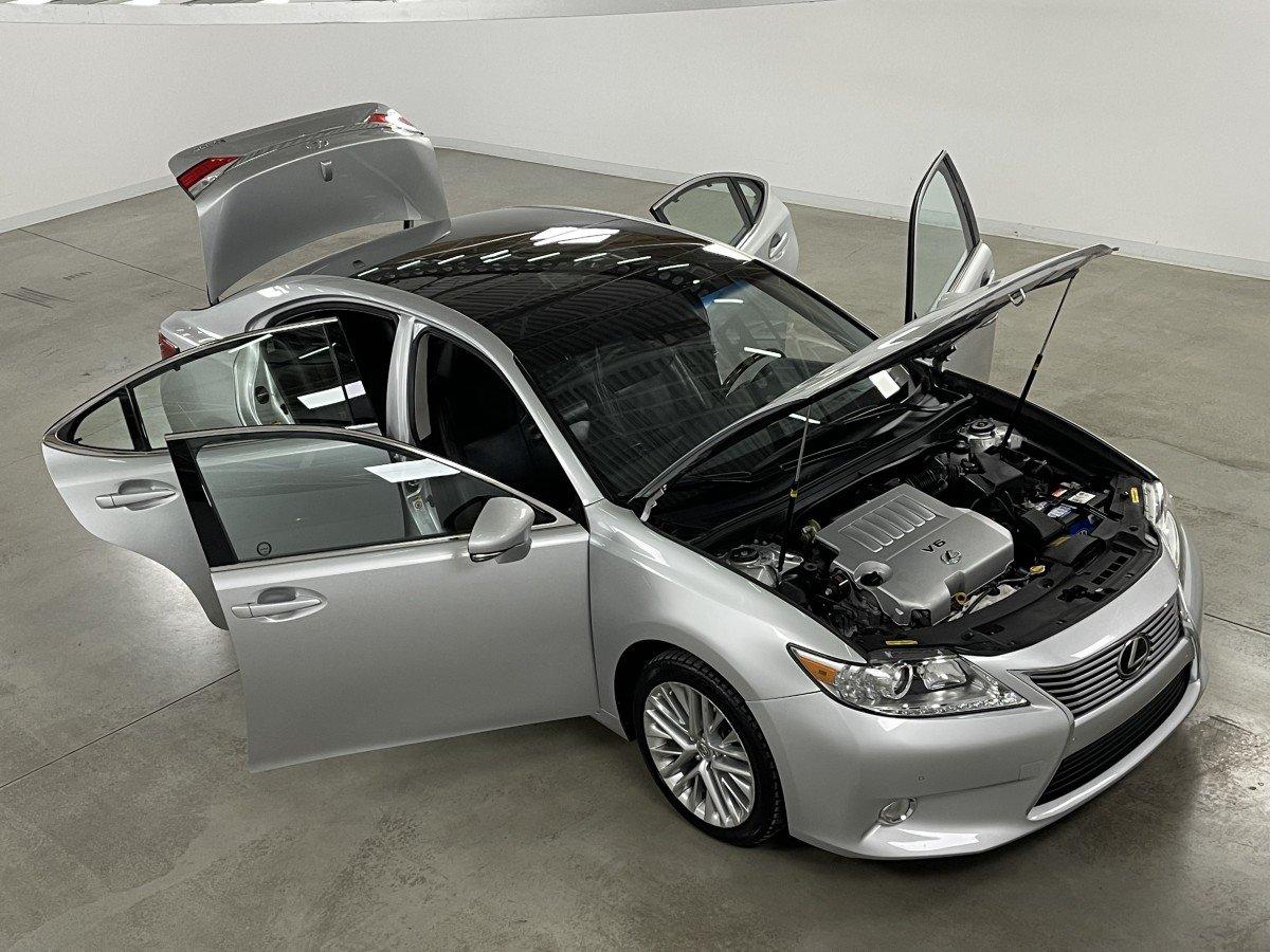 Lexus ES 2013 TOURING