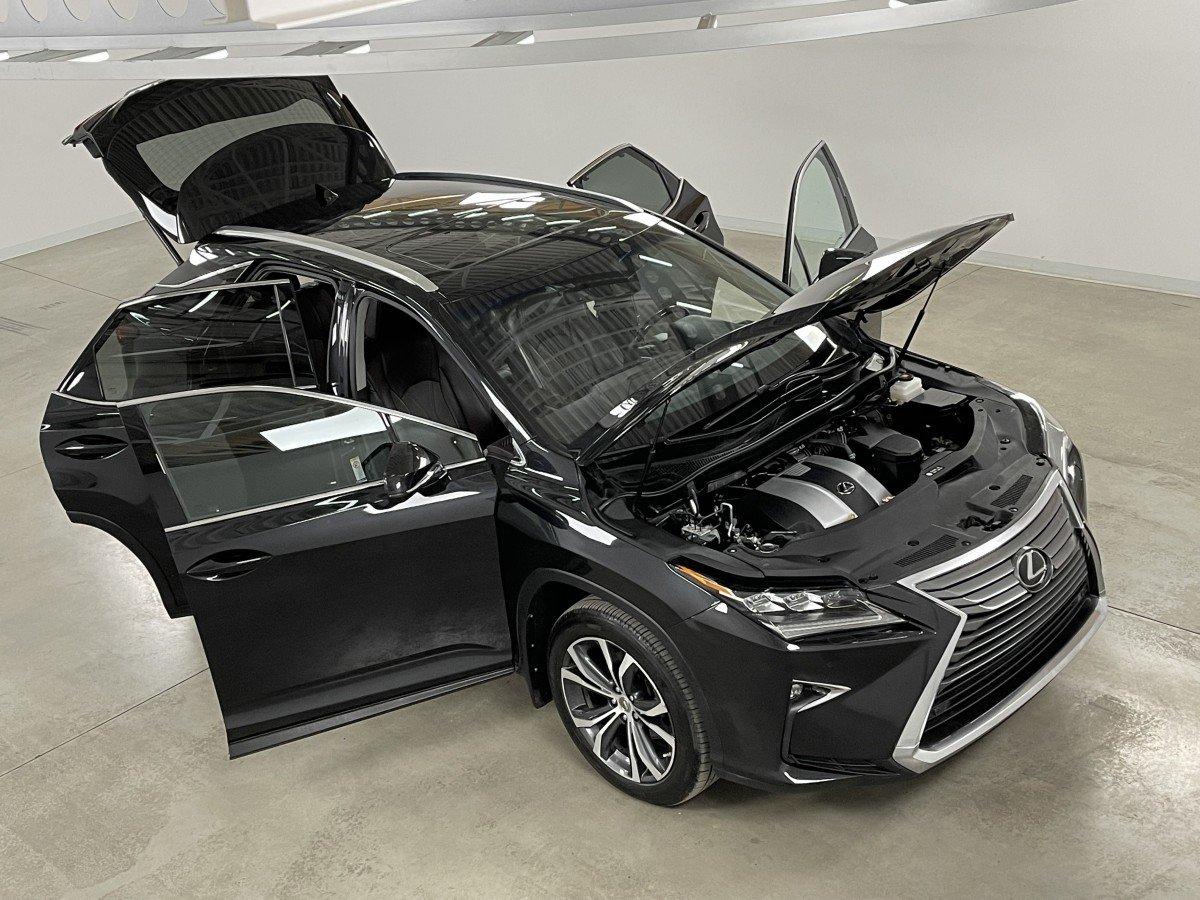 Lexus RX 2017 .
