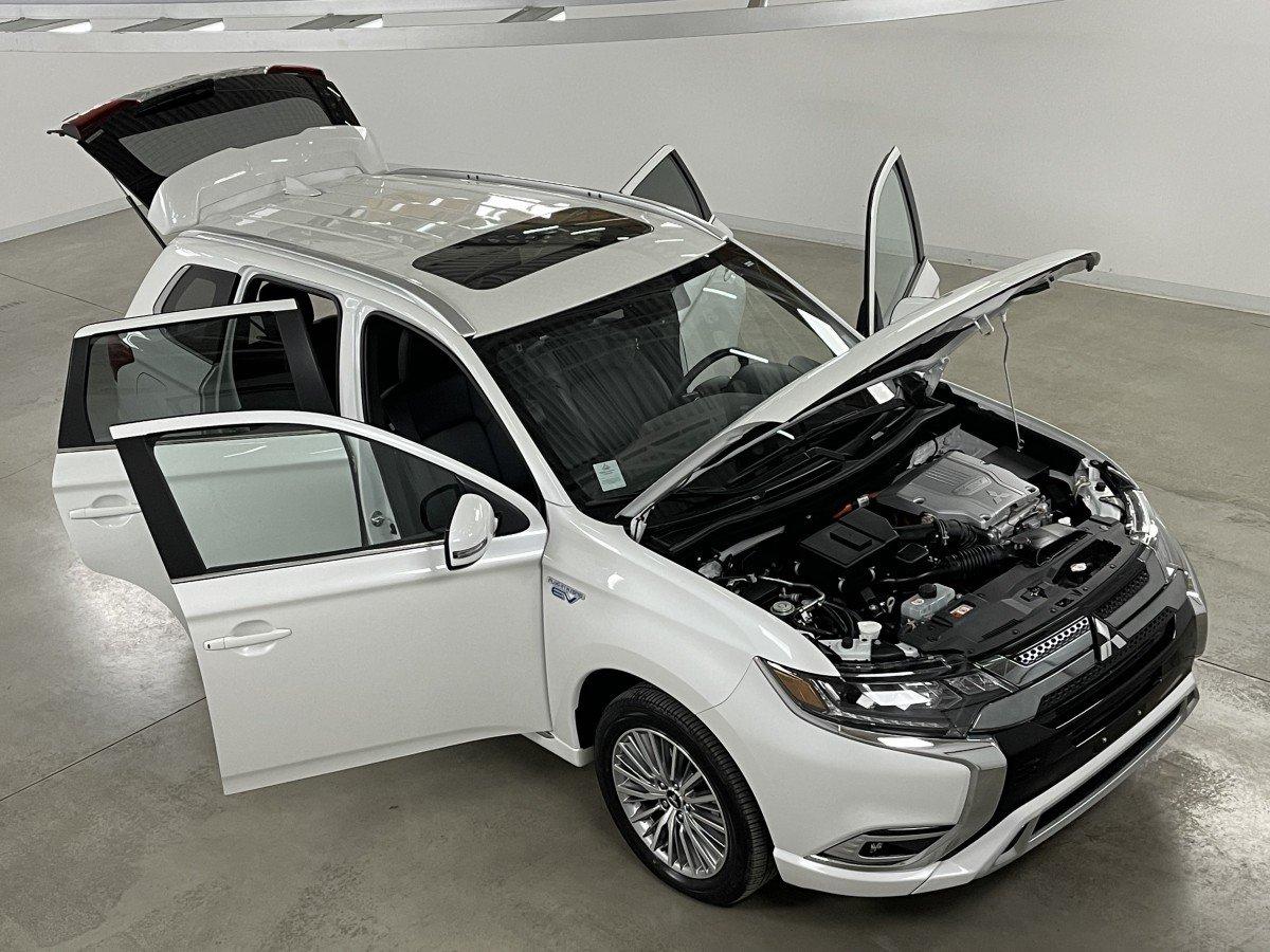 Mitsubishi Outlander PHEV 2020 SEL