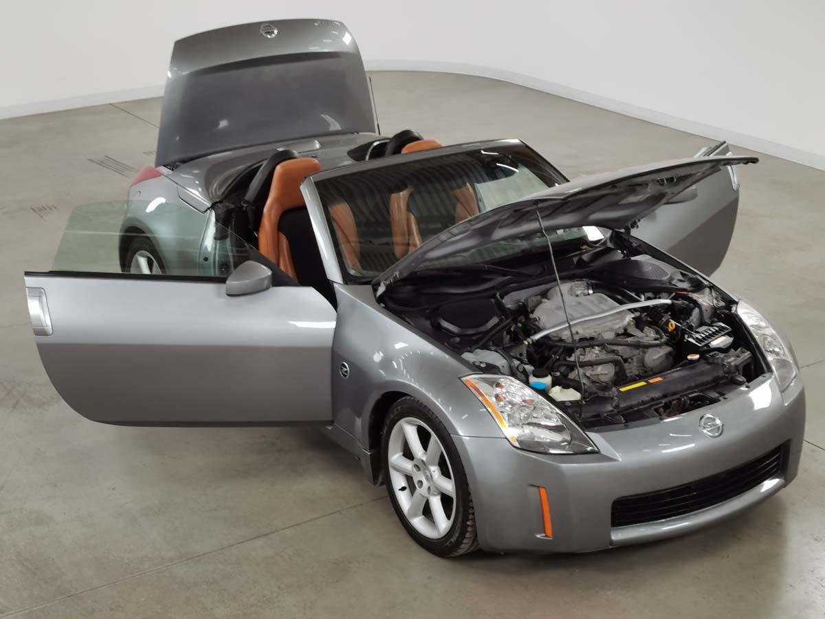 Nissan 350Z 2004 2DR ROADSTER