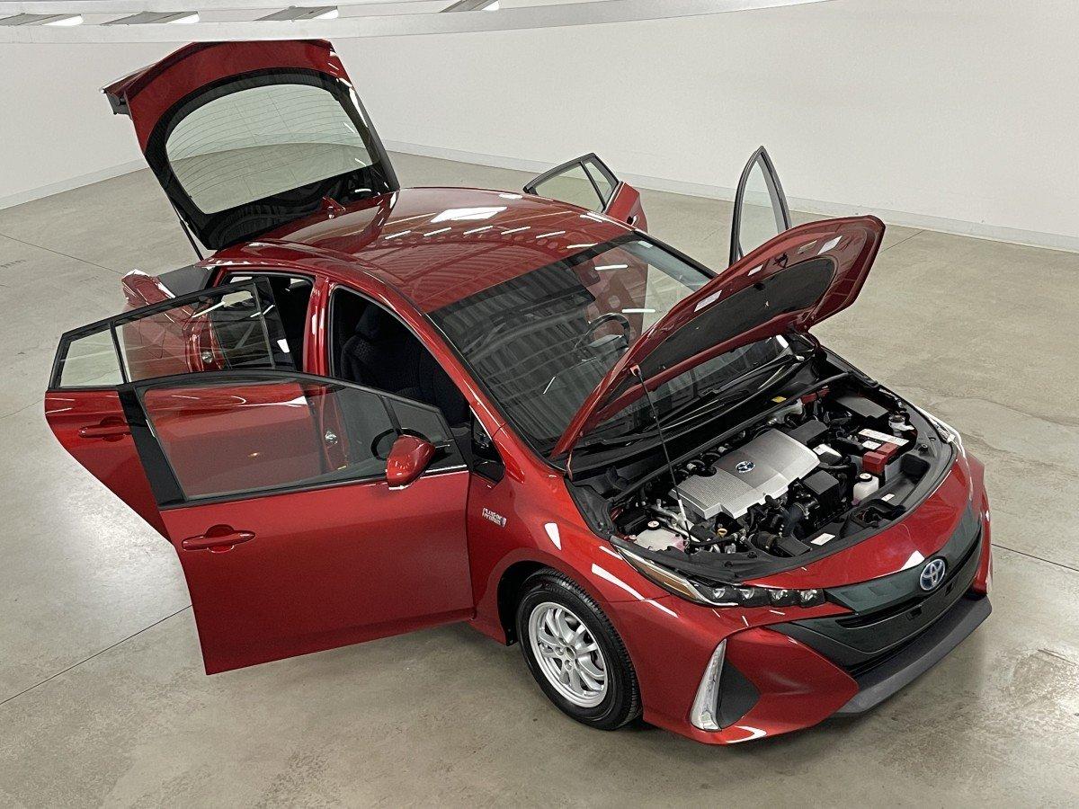 Toyota Prius Prime 2018 .