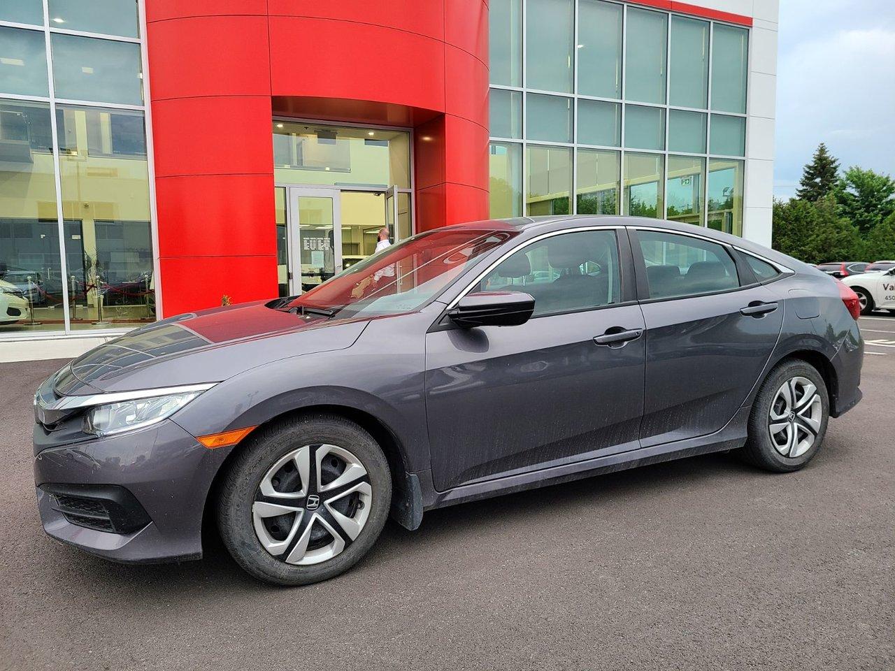 2017 Honda  Civic Sedan LX AC AUTOMATIQUE CRUISE BLUETOOTH BANC CHAUF
