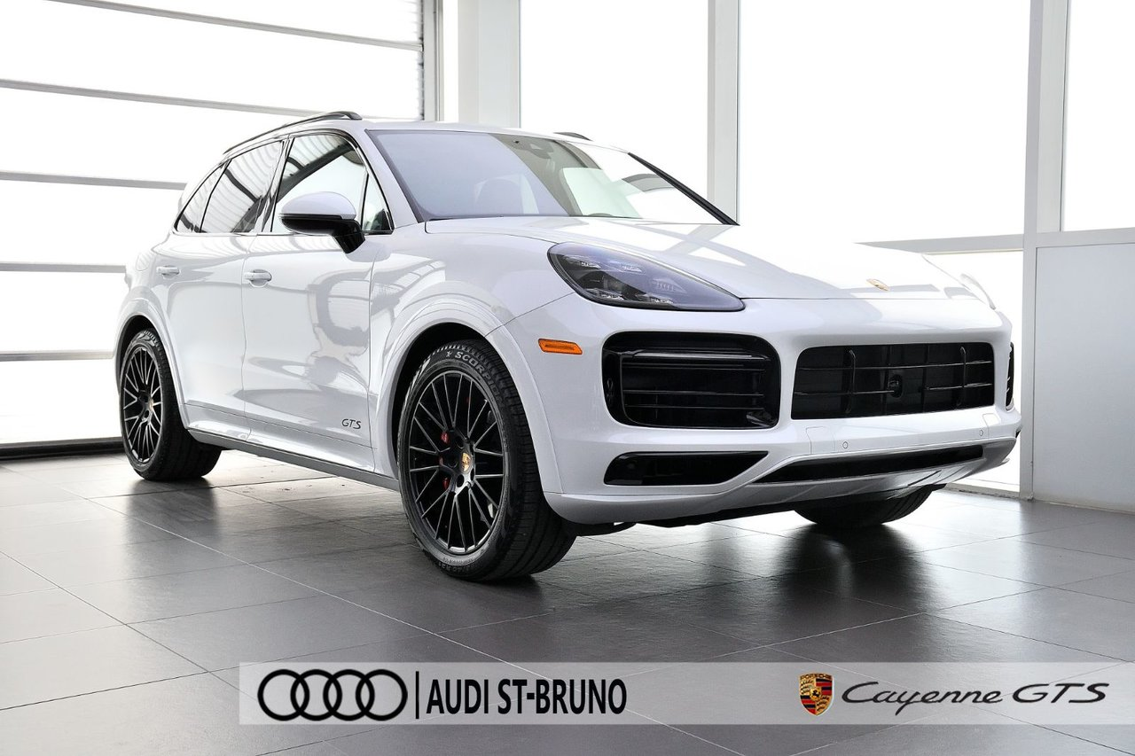 Porsche Cayenne 2021 GTS + ULTRA RARE + PARFAIT