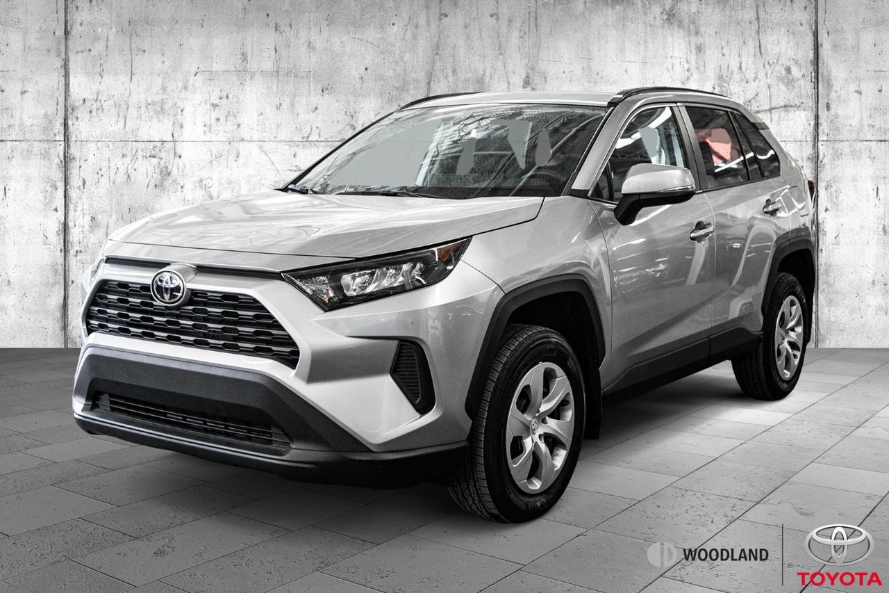 Toyota RAV4 2019 LE * FWD * Bluetooth * Caméra * Mags *