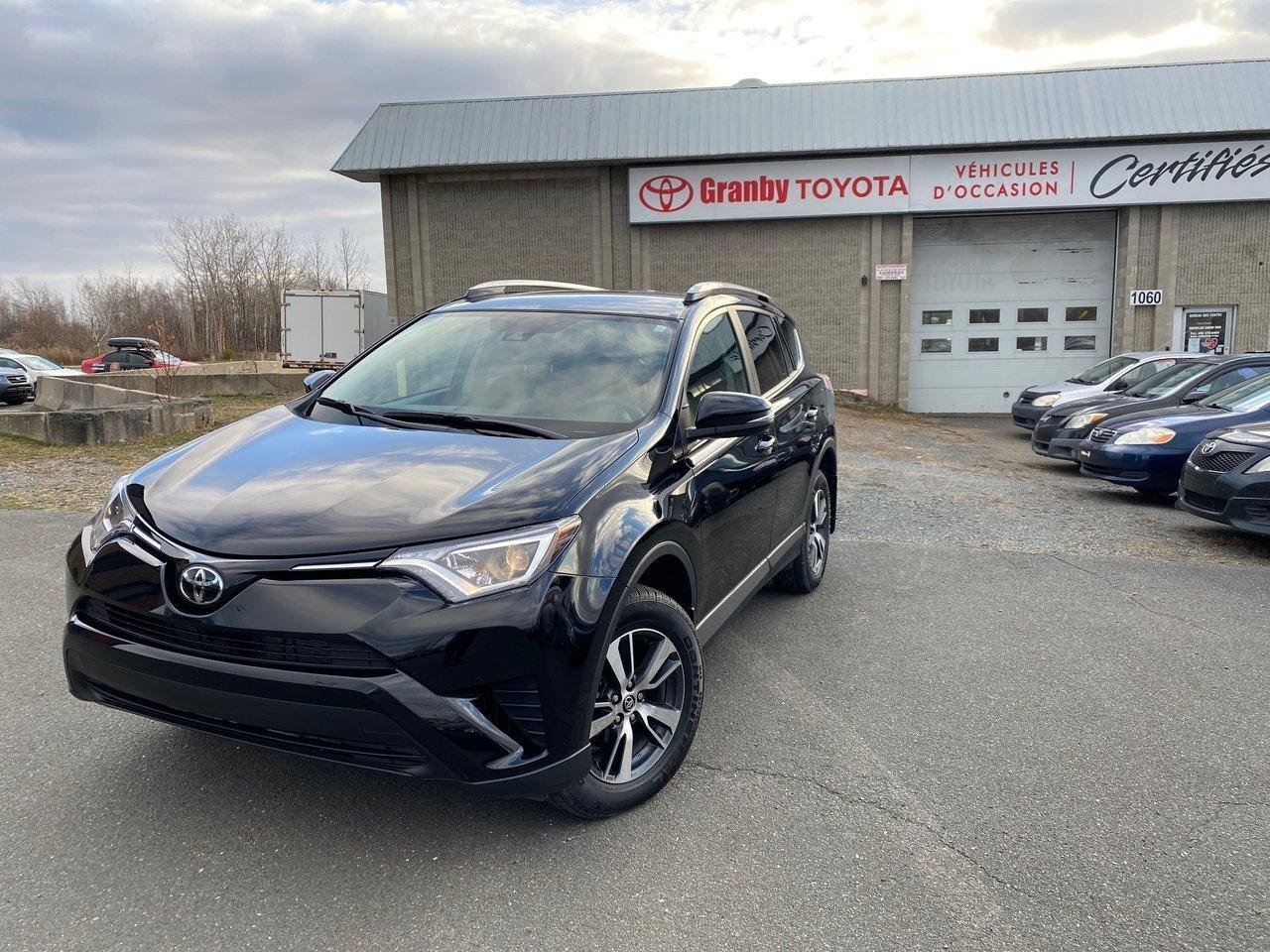 Toyota RAV4 2018 CERTIFIÉ FWD AC VITRES CAMÉRA RECUL MAGS PEA