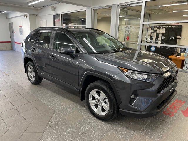 Toyota RAV4 2021 XLE AWD