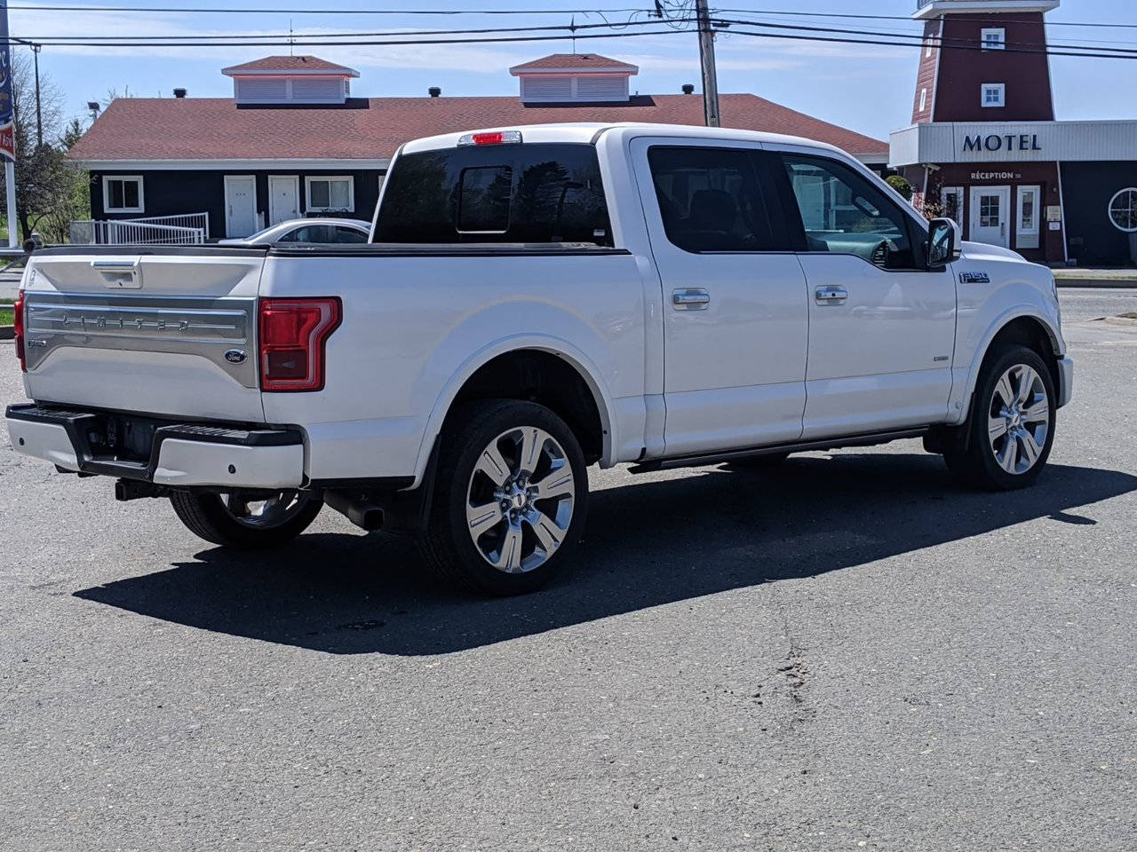 2017 Ford  F-150 LIMITED !!!
