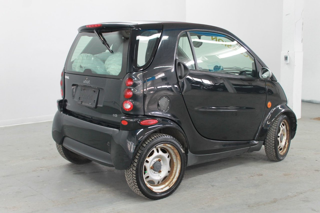 smart fortwo 2006 d 39 occasion vendre chez gravel decarie chevrolet buick cadillac gmc ltee. Black Bedroom Furniture Sets. Home Design Ideas