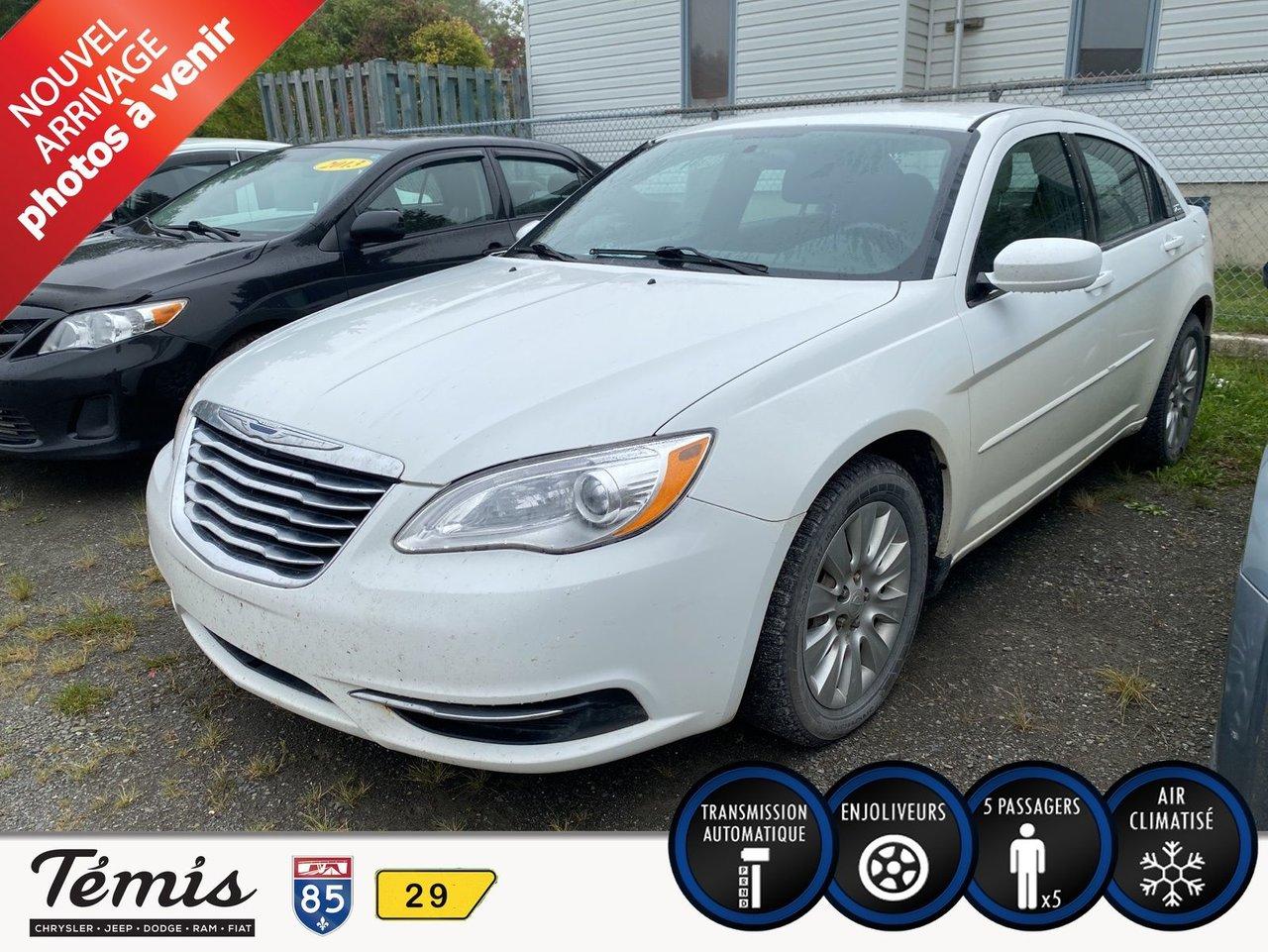 Chrysler 200 2013 LX