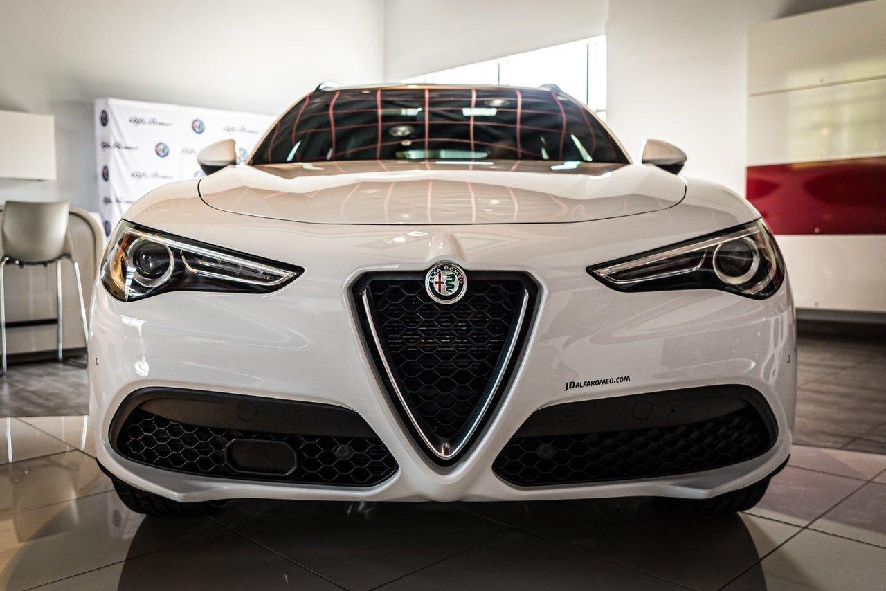Alfa Romeo Stelvio 2018 TI SPORT AWD NAV
