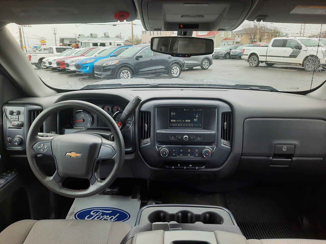 2018 Chevrolet Silverado 1500 CREW CAB SWB 4WD