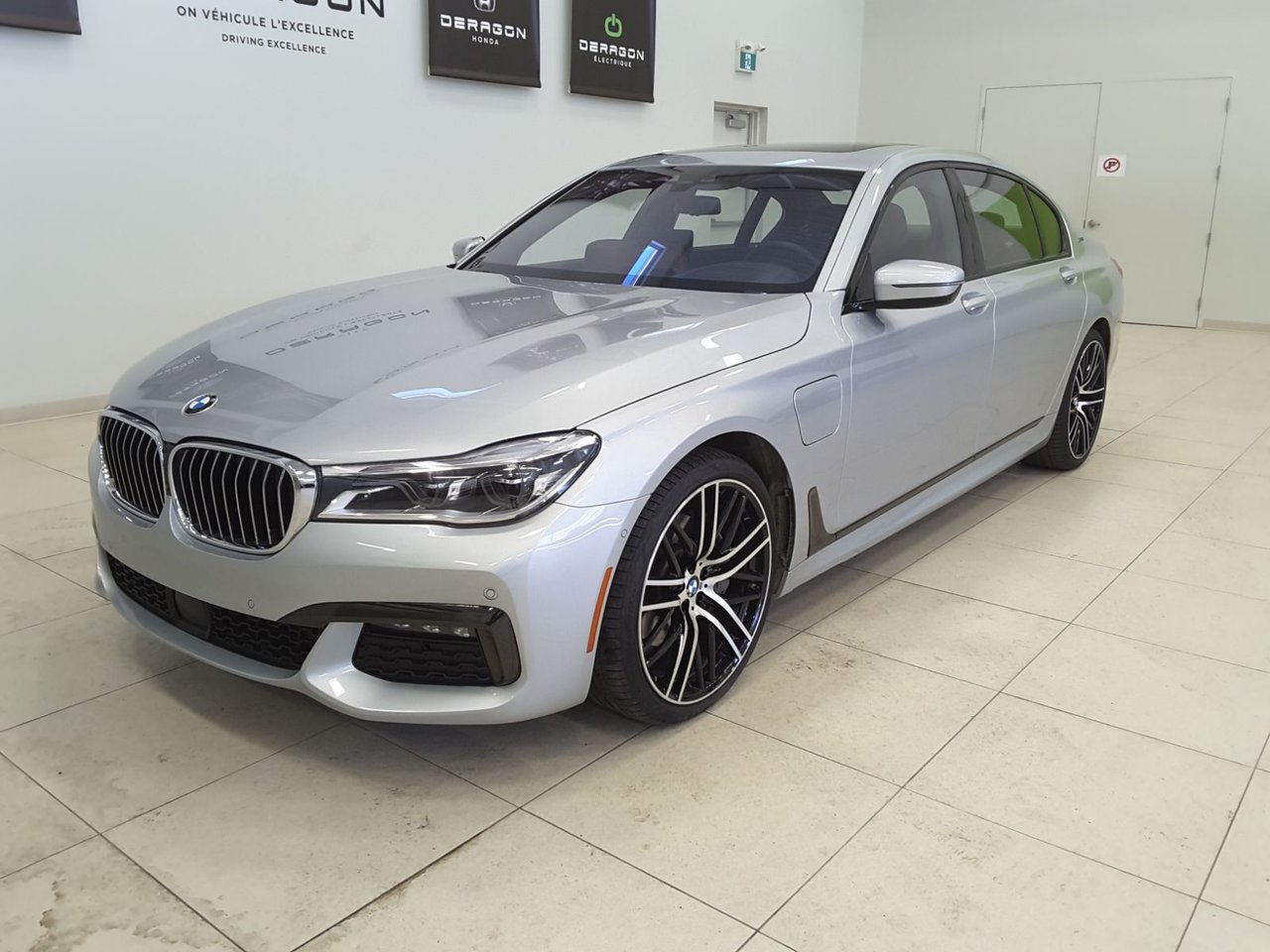 2019 BMW  Série 7 740Le xDrive PDSF/MSRP 149765$