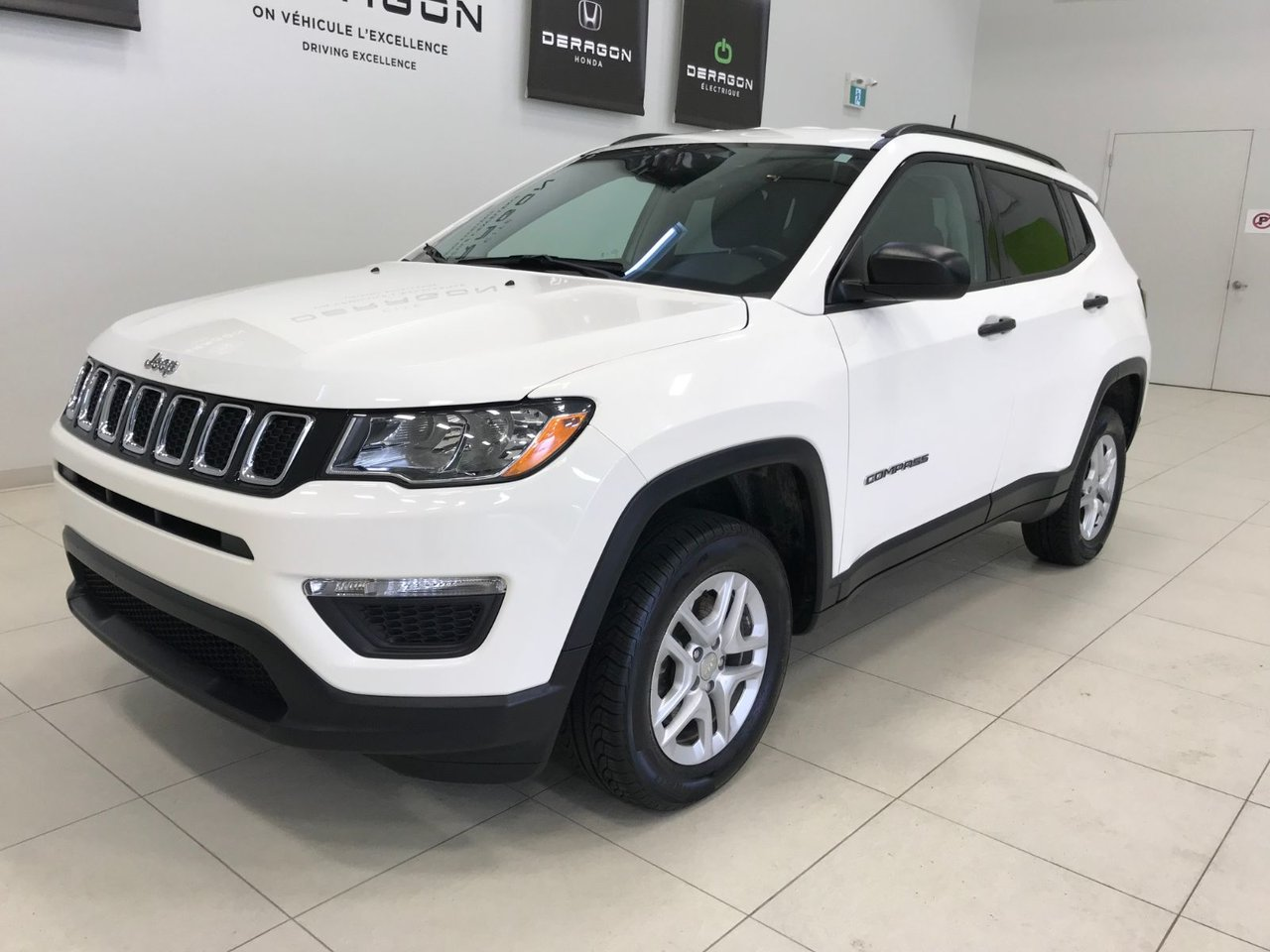 2017 Jeep  Compass SPORT, 4X4, DEMARREUR A DISTANCE, CAMERA ROUE