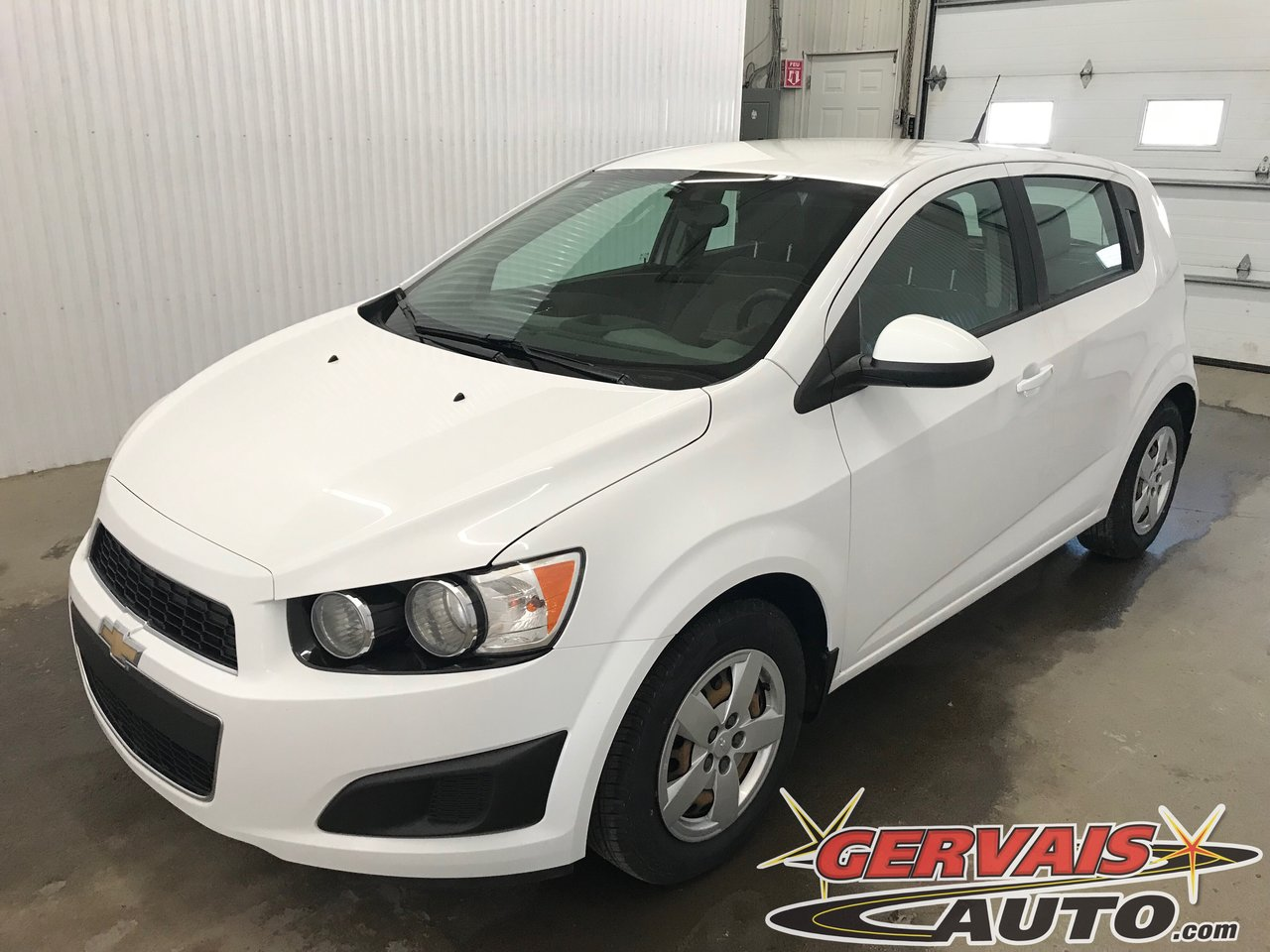Chevrolet Sonic 2014 LS Hatchback Bluetooth