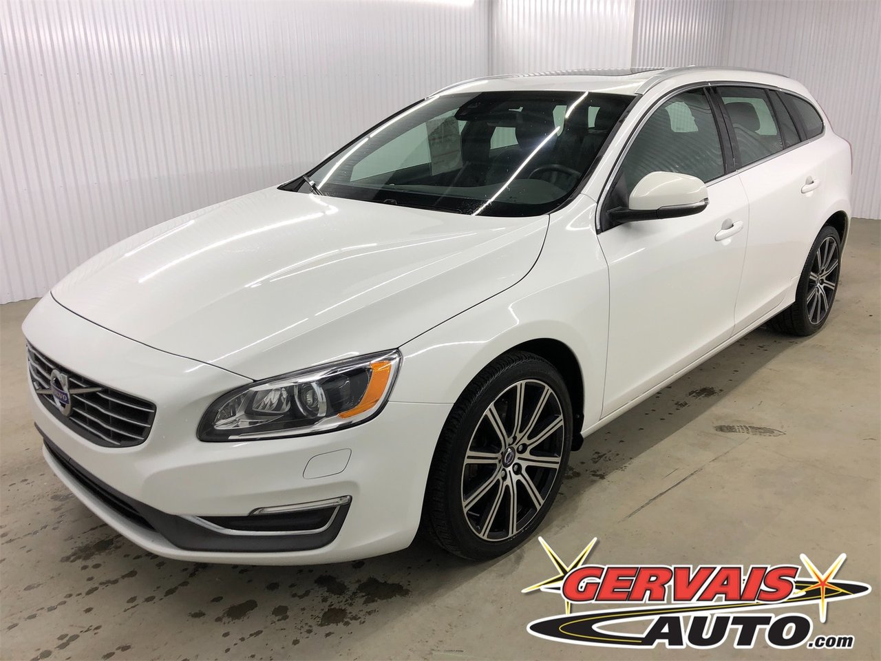 Volvo V60 2015 T6 AWD Cuir Toit Ouvrant MAGS