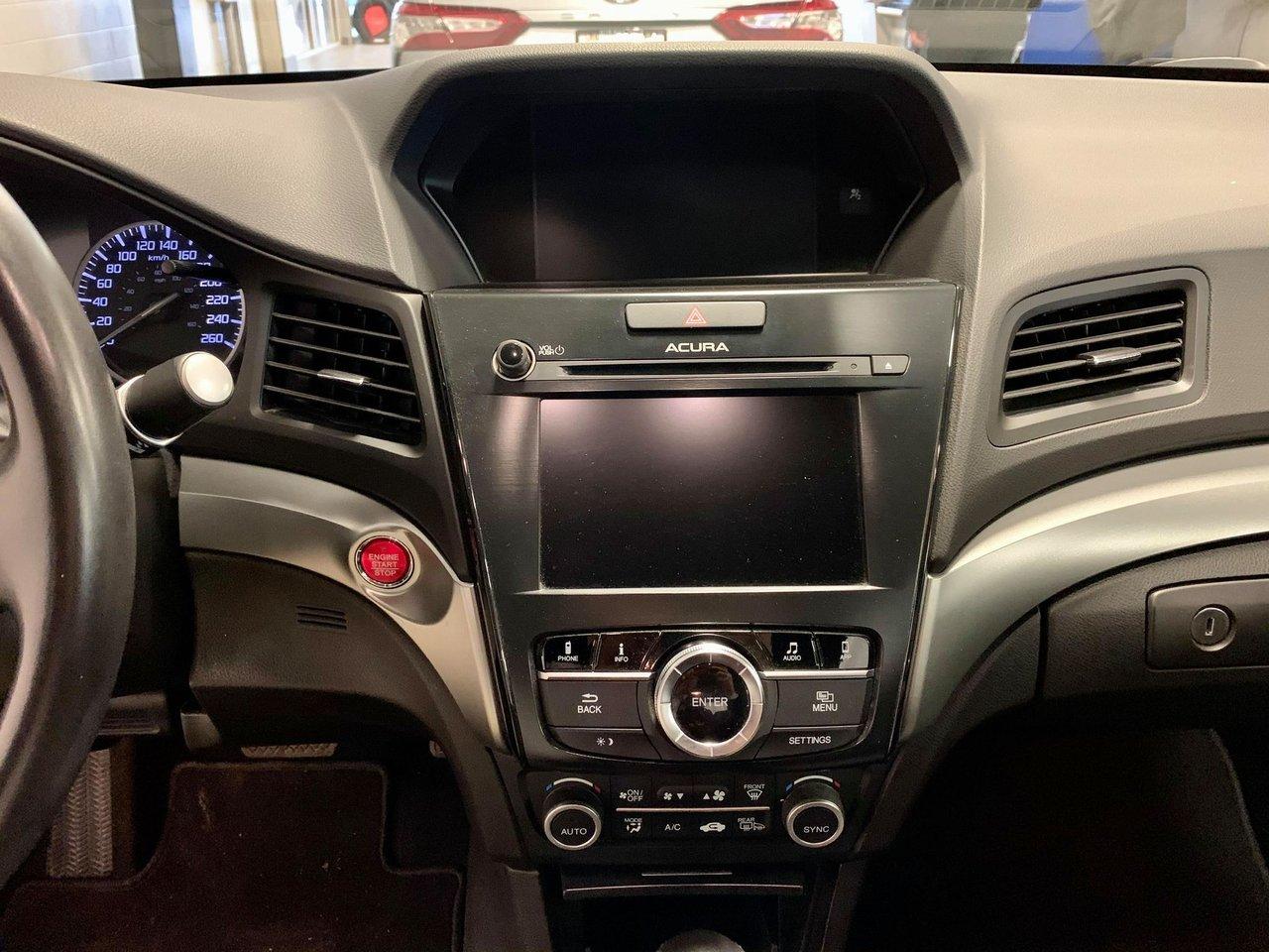 2017 Acura ILX 4dr Sdn Technology Pkg