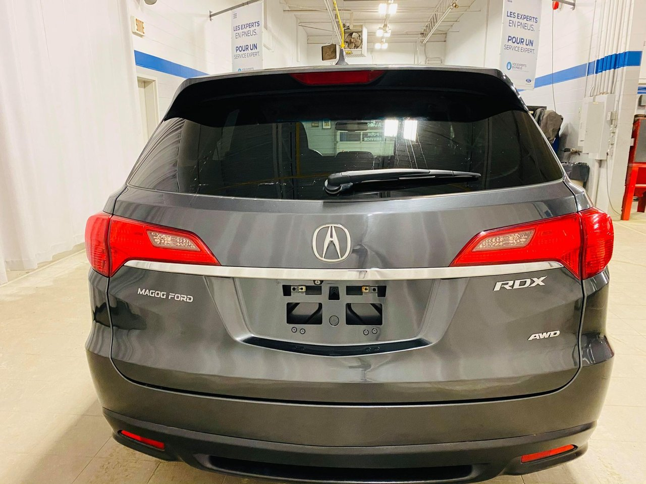 2015 Acura RDX AWD 4dr Tech Pkg // JAMAIS ACCIDENTEE