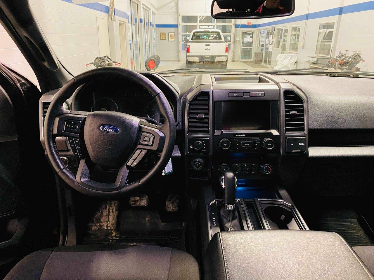 2019 Ford F-150 SPORT 302A XLT