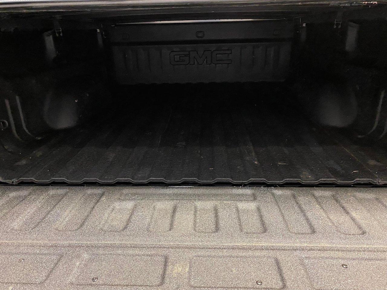 2016 GMC Sierra 1500 ELEVATION 4X4 MOTEUR 5.3L 6.5 BOX JAMAIS ACCIDENTE