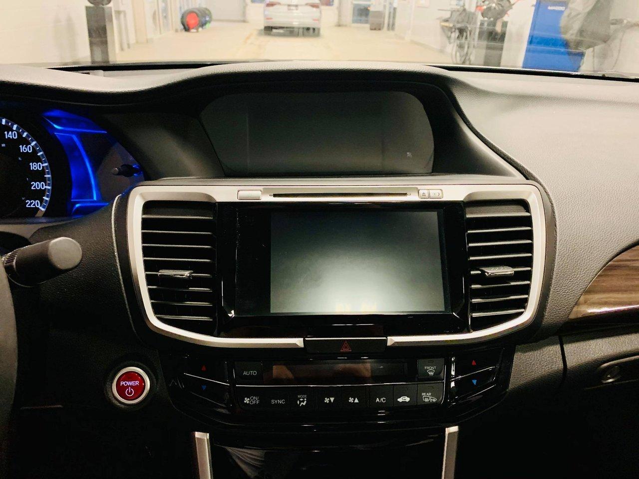 2017 Honda Accord Hybrid 4dr Sdn Touring / JAMAIS ACCIDENTEE