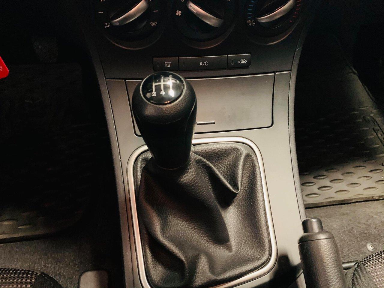 2013 Mazda Mazda3 4dr HB Sport Man GX