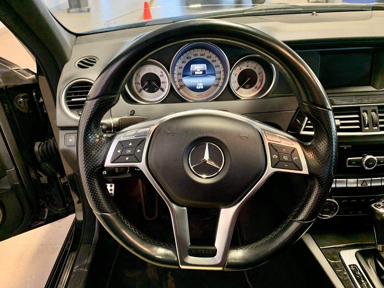 2014 Mercedes-Benz C-Class 4dr Sdn C300 4MATIC