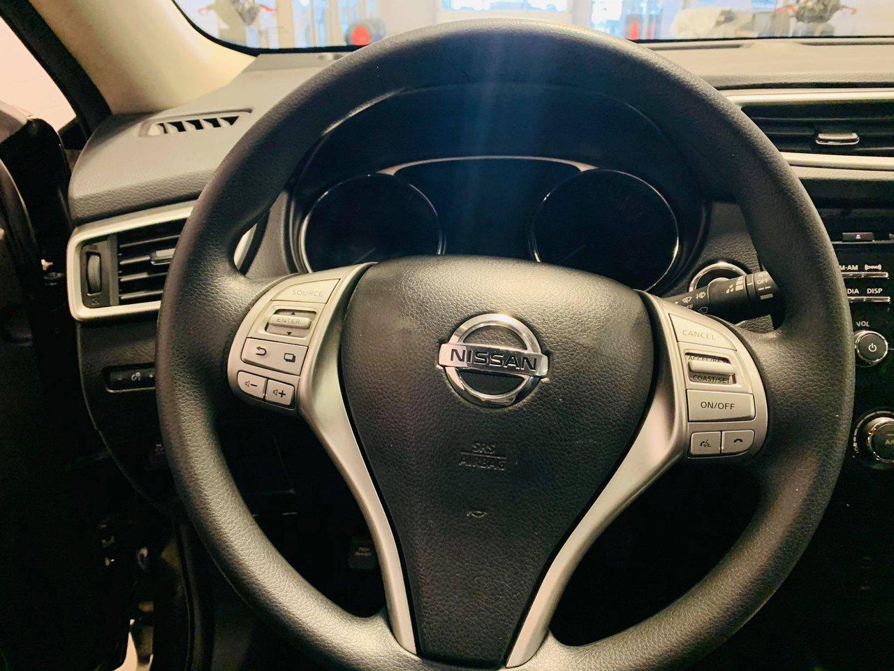 2016 Nissan Rogue FWD 4dr SV